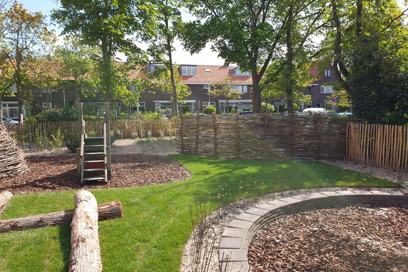 Foto van de speelplaats buiten - Natuurbeleving SKDH
